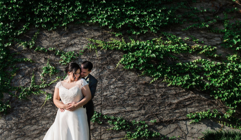 Real Wedding Chattanooga : JCorr Photography at Miller Plaza