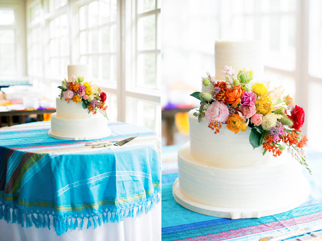 Cue The Champagne | Chattanooga Wedding Advice : Who is Cutting The Cake ?