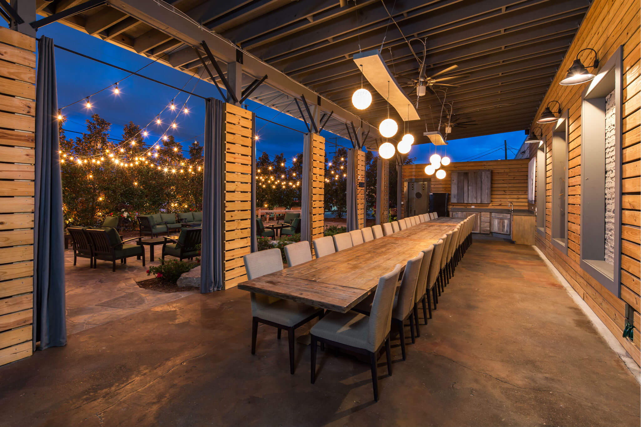 Chattanooga Rehearsal Dinner Venues: Cue The Champagne